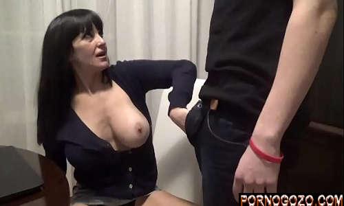 Filmes pornô proibido mãe coroa prostituta trabalhando boquete pro filho