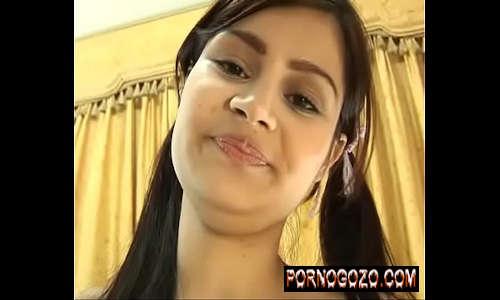 Firme de porno grátis para assistir novinha linda Santa Latina Tatiana Flores com dois