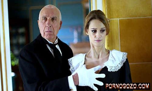 Gata britânica Erica Fontes leva uma surra de pau duro Porno Gozo