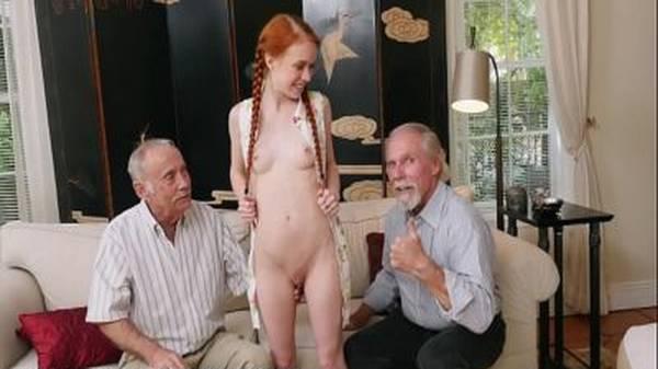 Ninfeta ruiva buceta grande raspada dando pro amigo velho do avô