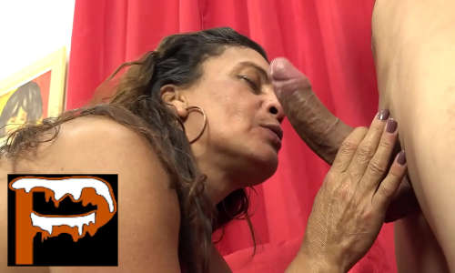 Patroa coroa sirigaita brasileira puta chupando pau do seu funcionário preferido novinho