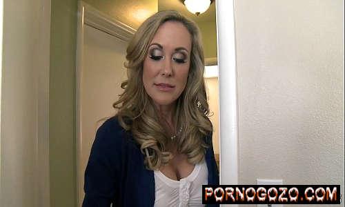 Perfect Milf Brandi Love consegue o que ela quer com enteado novinho Porno Gozo