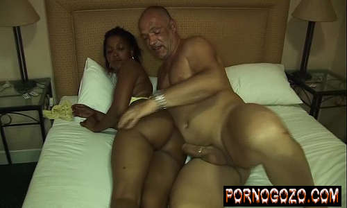 Sexo Com Velho Tarado Comendo A Negra Da Bunda Maravilhosa Carnuda