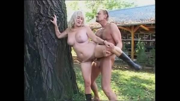 Sexo na fazenda sogra safada tesuda dando pro cunhado