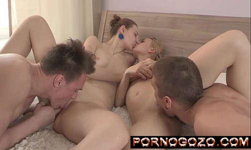 Video de pronografia sexo bissexual com novinhas e seus namorados putos