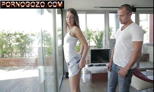 Vidio de sexo anal com novinha dando o cuzinho levantando a sainha pro boy PornoGozo