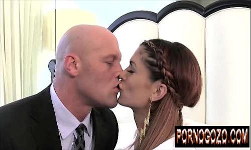X video travesti gulosa dando o cu no pelo pro segurança do marido rico antes de casar